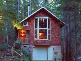 Here is Your Private Getaway at The Gateway to Mount Baker